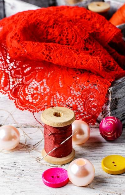 Acessórios de costureira e bordados Foto Premium