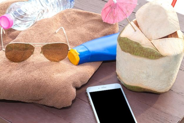 Acessórios de férias de férias de verão Foto Premium