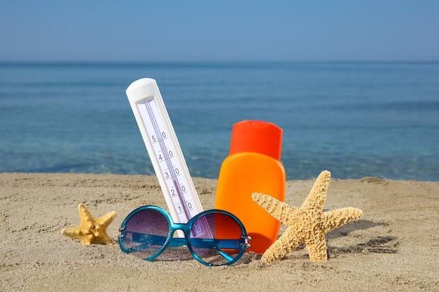 Acessórios femininos de verão Foto Premium