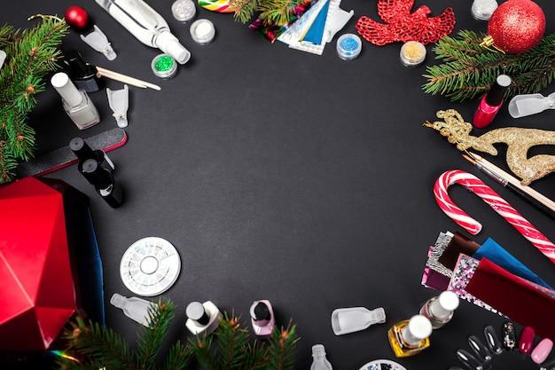 Acessórios para unhas: venda de natal. compras de produtos de manicure. gel polonês, lâmpada uv, removedor, strass, papel alumínio Foto Premium