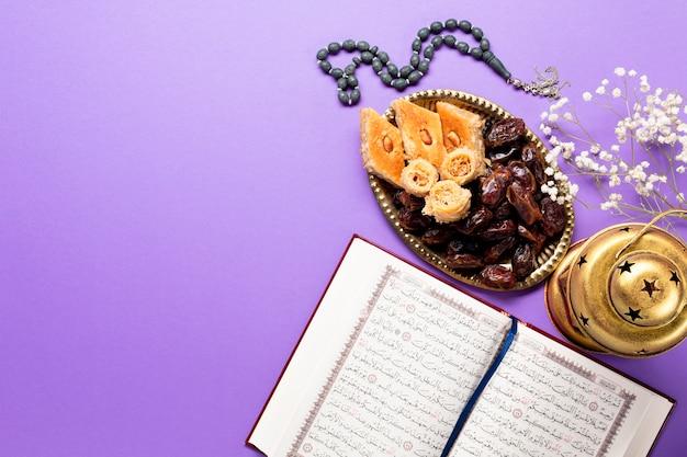 Acima vista decoração tradicional muharram Foto gratuita