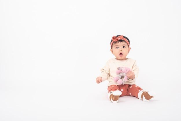 Adorável menina asiática Foto Premium