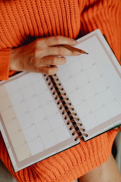 Agendamento em uma agenda Foto Premium
