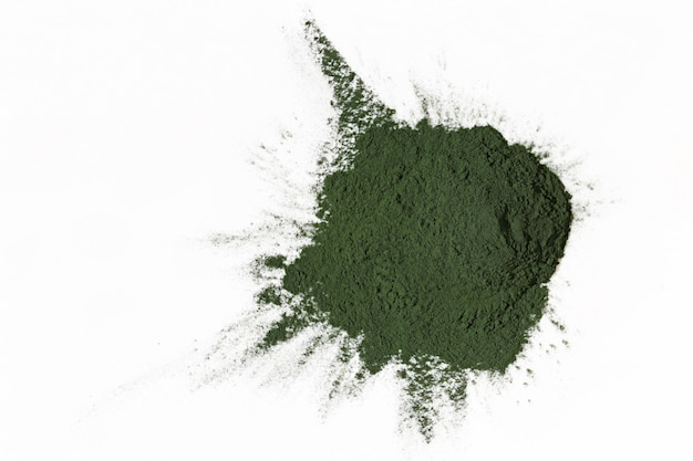 Alga spirulina seca e desfiada. algas em pó Foto Premium