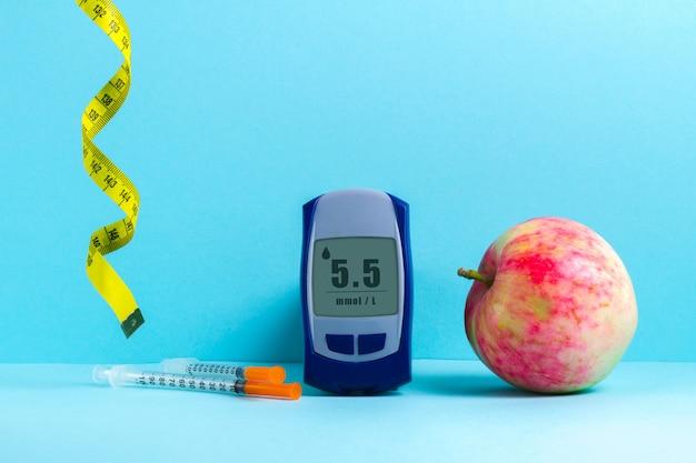 Alimentação saudável para tratamento e prevenção do diabetes. Foto Premium