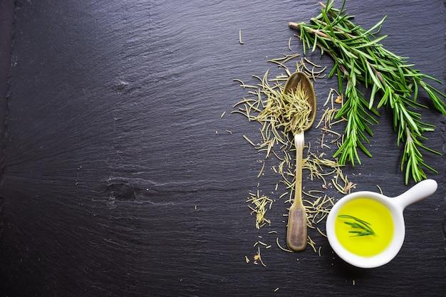 Alimentos orgânicos saudáveis Foto Premium