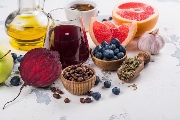 Alimentos para fígado saudável Foto Premium