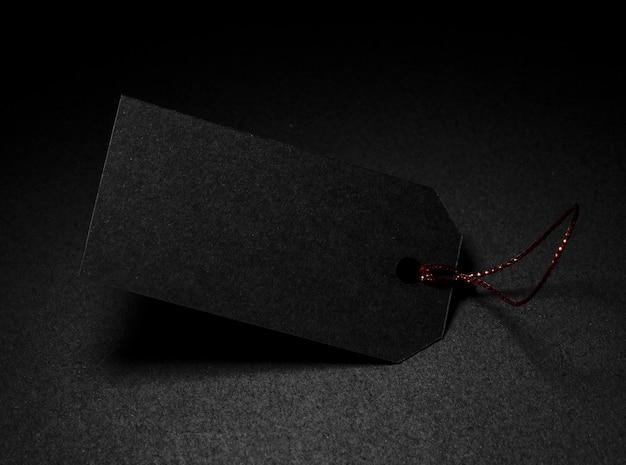 Alta vista preço com cópia espaço fundo escuro Foto gratuita