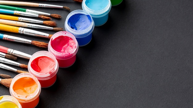 Alto ângulo de aquarelle colorido com espaço de cópia Foto Premium