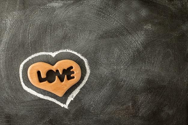 Amo o coração dos namorados na lousa. dia dos namorados Foto Premium