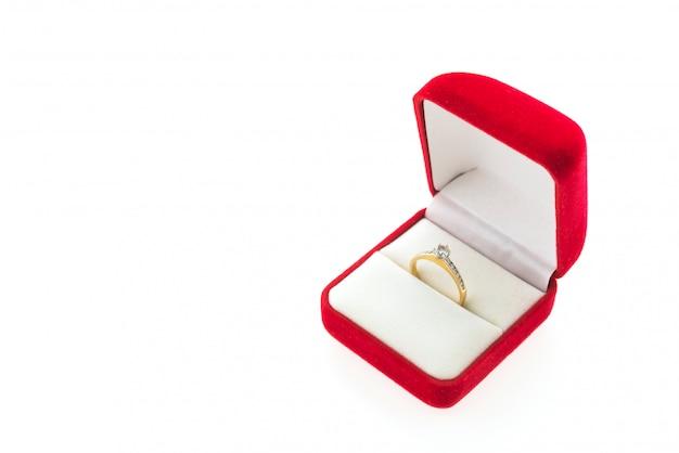 Anel de diamante Foto gratuita