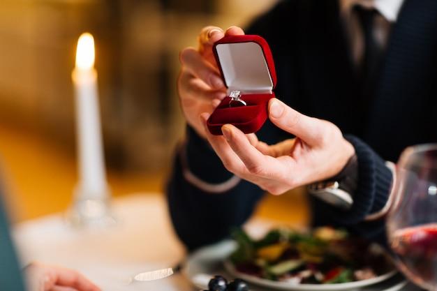Anel para noiva Foto gratuita