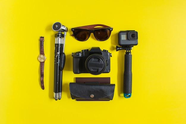 Antecedentes do equipamento na viagem. Foto Premium