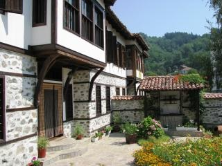 Antiga casa em zlatograd Foto gratuita