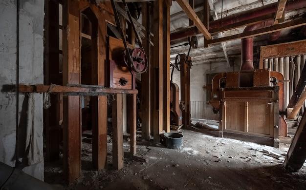 Antiga fábrica de farinha abandonada Foto Premium