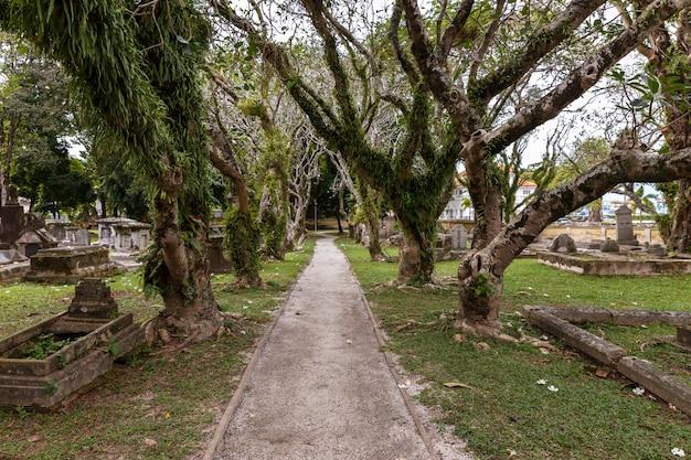 Antigo cemitério protestante Foto Premium