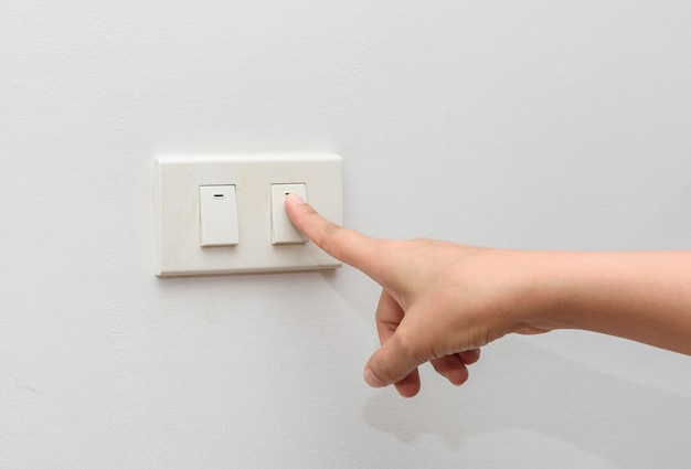 Apague a luz. salvar o conceito de energia | Foto Premium