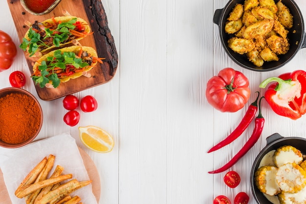 Apartamento leigos de comida mexicana Foto gratuita