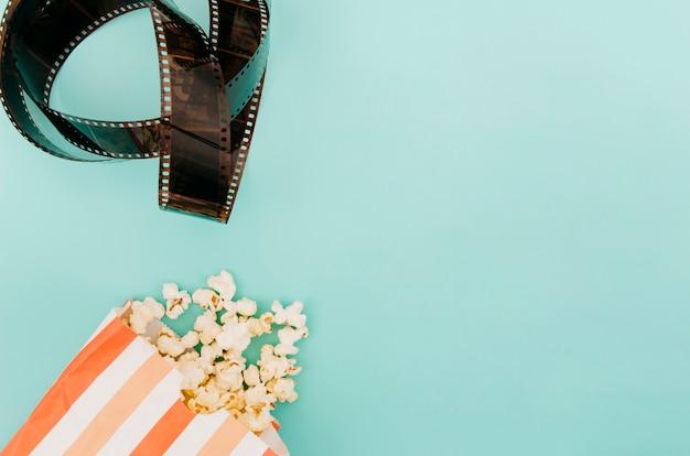 Apartamento leigos de elementos de cinema com copyspace Foto gratuita