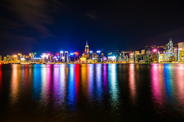 Arquitetura bonita construção de paisagem urbana na cidade de hong kong Foto gratuita