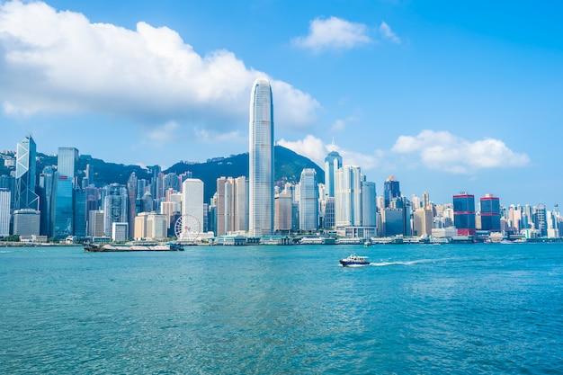 Arquitetura bonita que constrói a arquitectura da cidade exterior da skyline da cidade de hong kong Foto gratuita