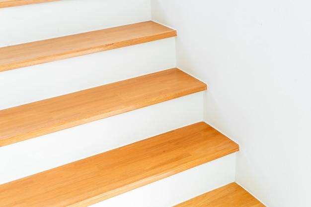 Arquitetura vazia da escada Foto Premium