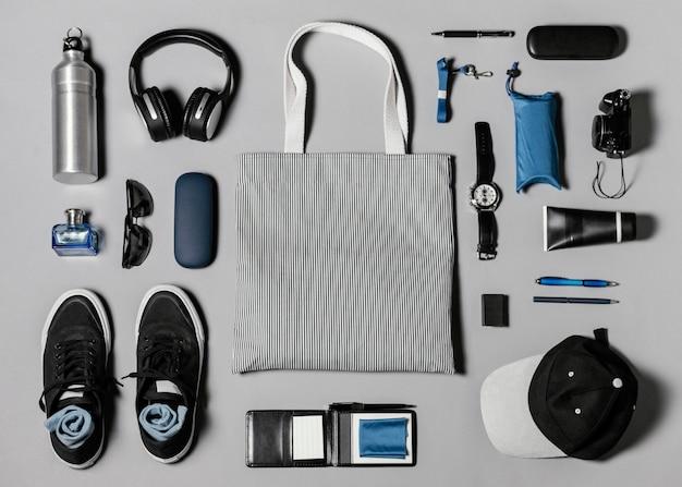 Arranjo plano de diferentes elementos móveis Foto Premium