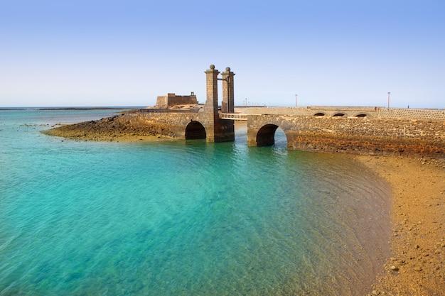 Arrecife lanzarote castelo e ponte Foto Premium