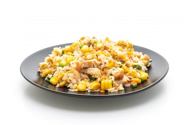 Arroz frito com frango Foto Premium