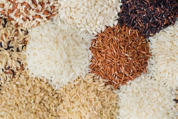 Arroz seco diferente para comer estilo de vida saudável Foto Premium