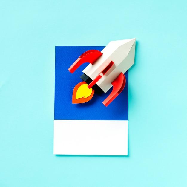 Arte de artesanato de papel de um foguete Foto gratuita