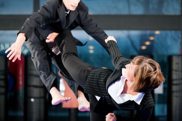 Artes marciais esporte treinamento e negócios Foto Premium