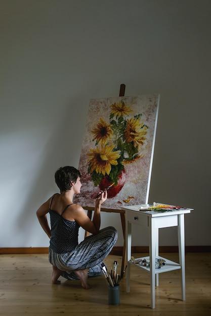 Artista no trabalho Foto Premium