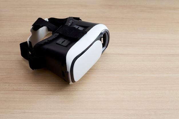 6a2f6bed05ce6 Auricular de capacete de óculos de realidade virtual em madeira ...