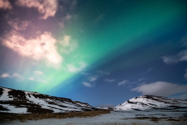 Aurora boreal aurora boreal Foto Premium
