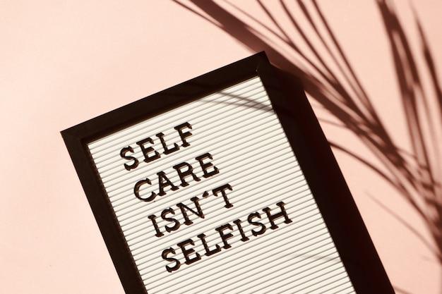 Autocuidado não é sinalização egoísta Foto gratuita