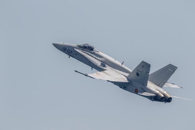 Avião de zangão de aeronaves Foto Premium