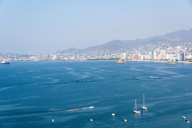 Baía de acapulco, vista aérea do méxico Foto Premium