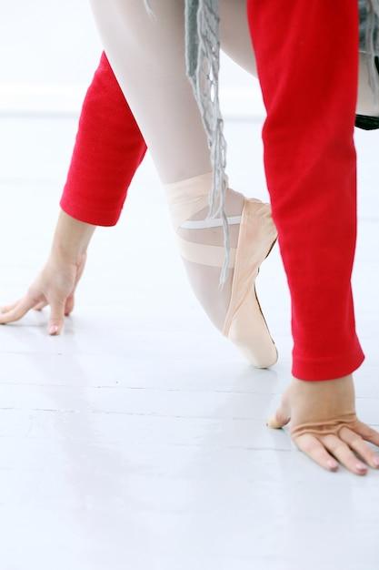 Bailarina malhando Foto gratuita