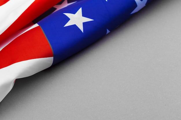 Bandeira americana em fundo cinza Foto Premium
