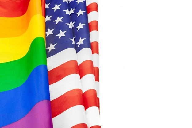 Bandeira de arco-íris do orgulho e bandeira dos eua Foto Premium