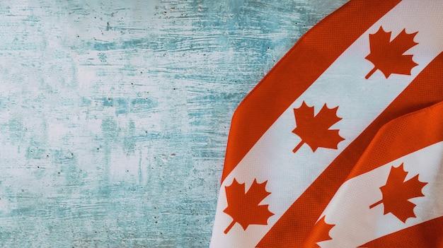 Bandeira do canadá com a palavra agosto feriado cívico fim de semana prolongado Foto Premium