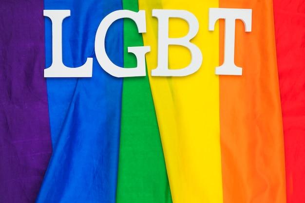 Bandeira do orgulho gay com abreviatura lgbt Foto gratuita