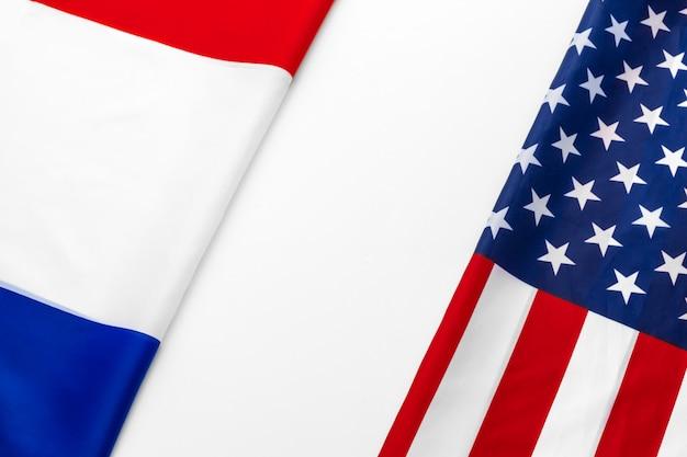 Bandeira dos estados unidos da américa e a bandeira da frança Foto Premium