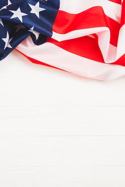 Bandeira dos eua em fundo branco Foto gratuita