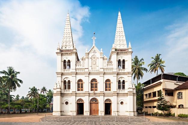 Basílica de santa cruz Foto Premium