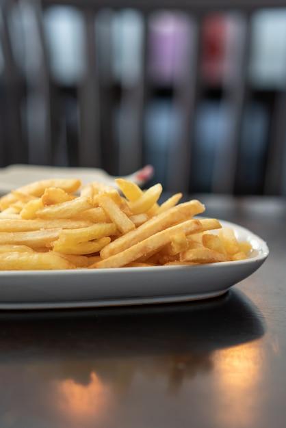 Batata frita crocante Foto Premium