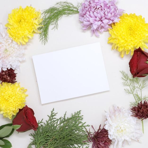Beautifuk valentine real floral greeting card imagem de amor Foto Premium