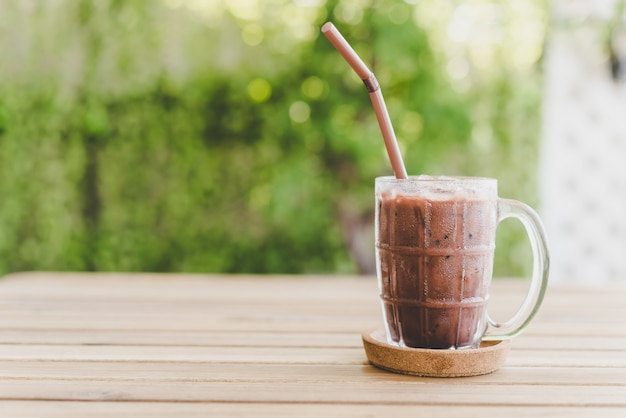 Bebida de chocolate gelado Foto Premium