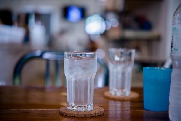 Bebida de vidro saudável Foto gratuita